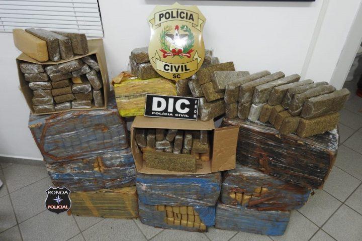 Casal preso com mais de 270 quilos de maconha segue preso e defesa tenta liberdade