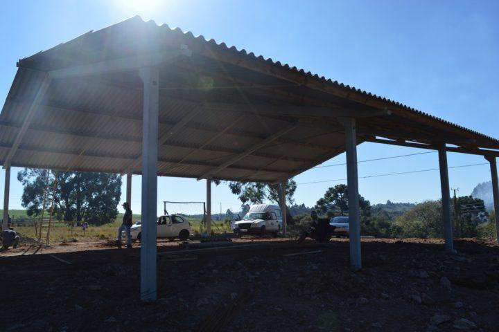 Centro Comunitário no Assentamento Sadi Padilha começa a ganhar forma em Passos Maia