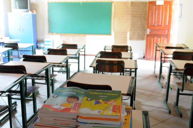 Justiça autoriza volta às aulas nas escolas públicas das regiões em risco grave para Covid-19 em SC
