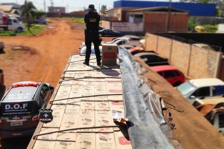Carreta de Abelardo Luz é apreendida com mais de 40 mil maços de cigarros contrabandeados