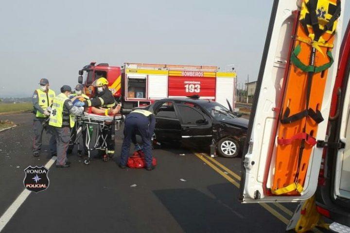 Mulher fica ferida em acidente na BR-282