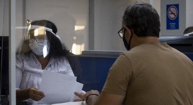 Justiça Federal suspende trabalho presencial de médicos do INSS em todo o Brasil