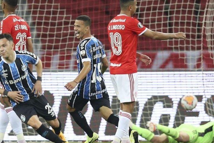 Grêmio joga melhor, se impõe no Beira-Rio e vence Gre-Nal da Libertadores