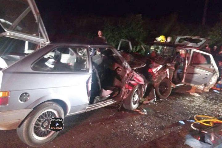 Idosa morre e seis pessoas ficam feridas em grave acidente na noite do domingo