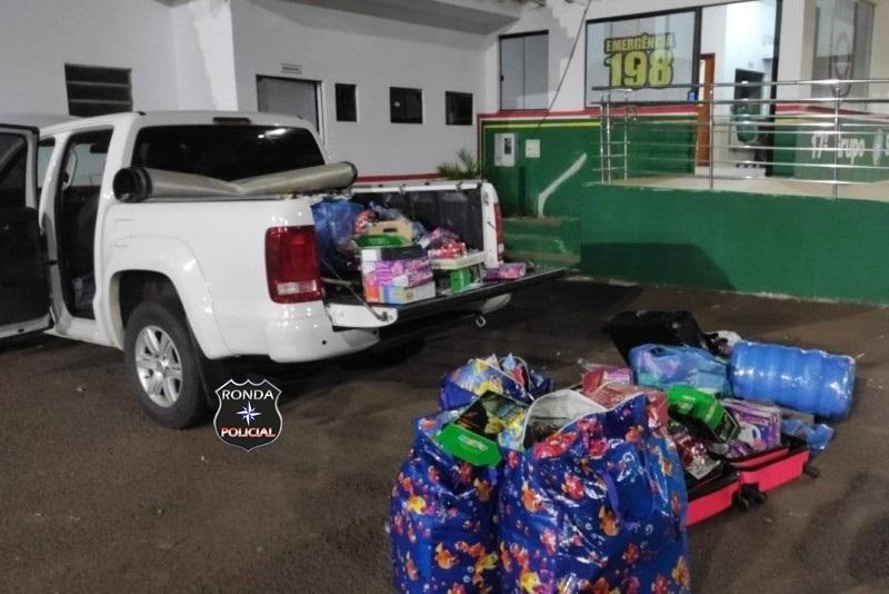 Veículo é apreendido com mercadorias do Paraguai