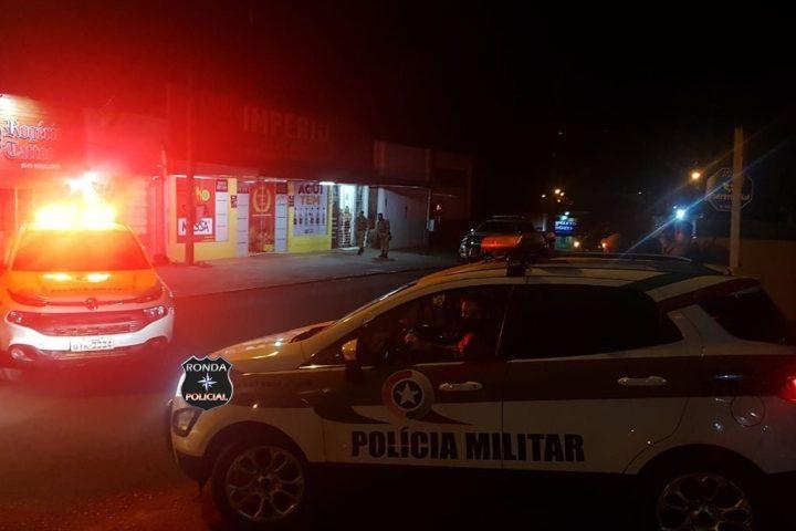 Jovem morre ao ser baleado com três disparos de arma de fogo
