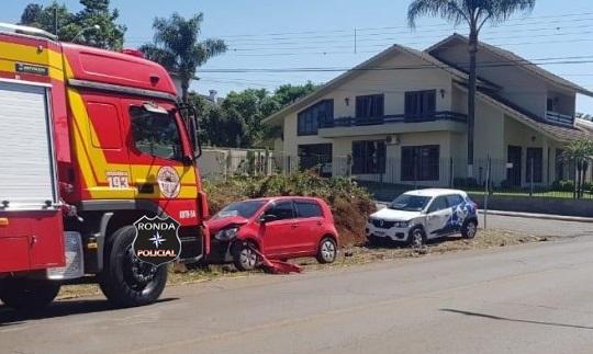 Acidente deixa motorista inconsciente