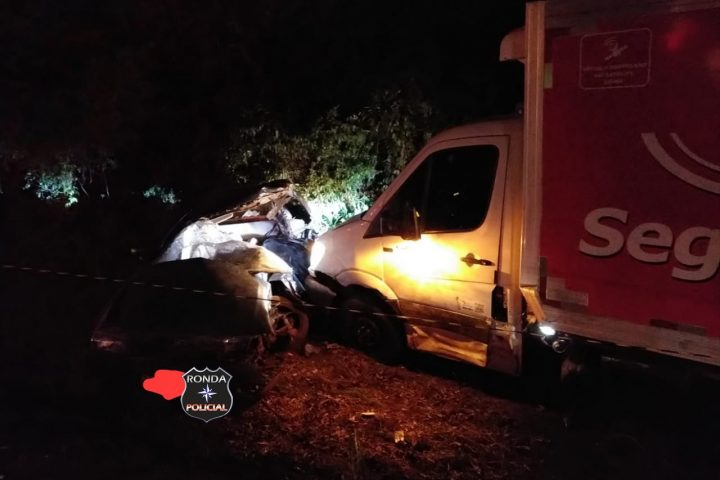Engavetamento resulta na morte de uma pessoa e deixa jovem ferido na BR-282 em Xaxim