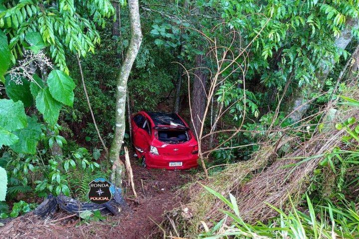 Três pessoas ficam feridos em acidente caminhão do Oeste no Paraná