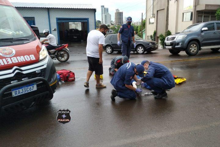 Motociclista fica ferido em acidente no final da tarde no centro de Xanxerê