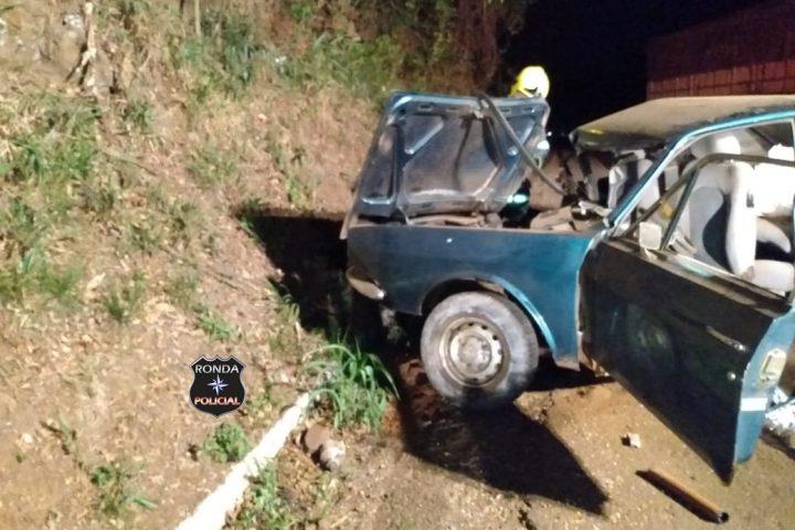 Idoso morre em grave acidente entre caminhão e carro