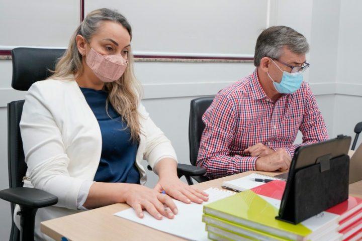 Governadora de SC discute ações de enfrentamento da pandemia e estiagem