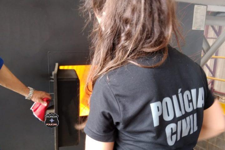 Polícia Civil realiza incineração de drogas