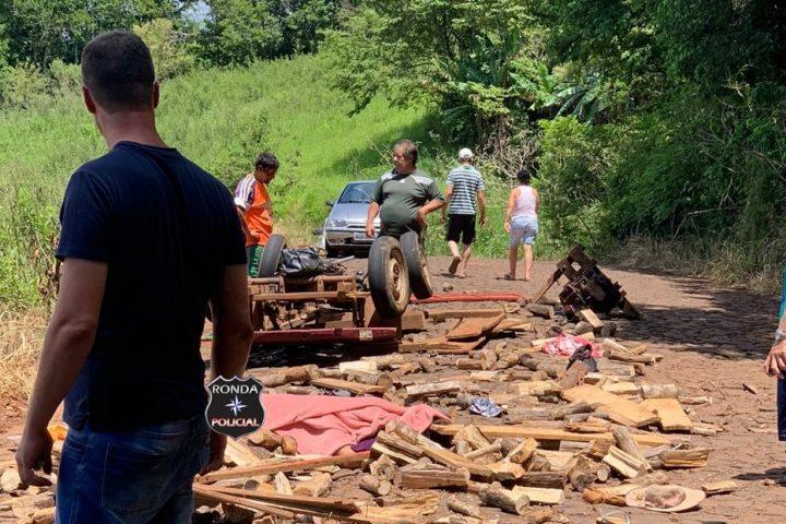 Grave acidente resulta na morte de mulher e duas crianças ficam feridas em comunidade rural