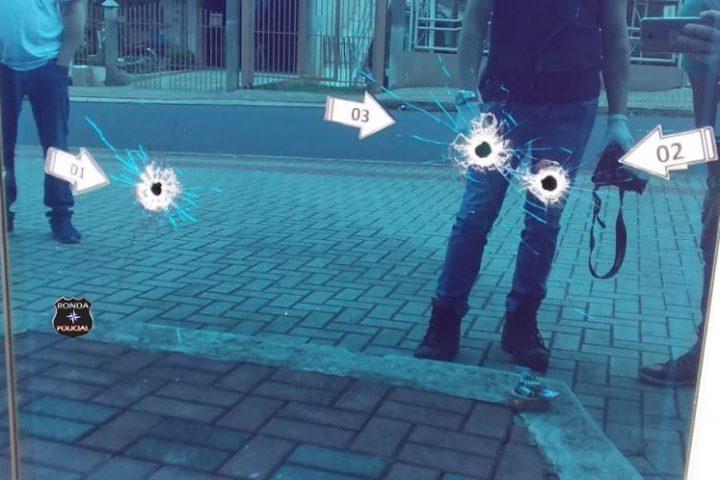 Empresa do Oeste é atingida por tiros durante a madrugada