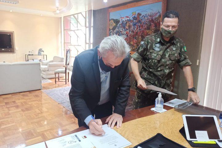 Prefeito é empossado como presidente da 165ª Junta do Serviço Militar